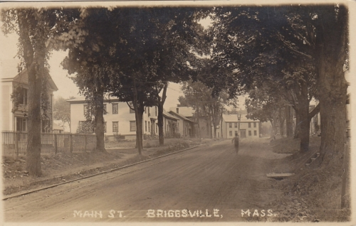 old-photos_Briggsville-earlydays-1900s_2018-11-15_220533.jpg - Thumb Gallery Image of Old Photos