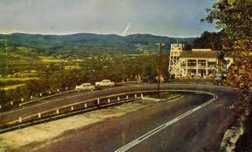 old-photos_Hairpin-Turn-6_2018-11-15_220538.jpg - Thumb Gallery Image of Old Photos