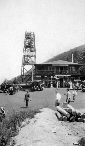 old-photos_Hairpin-Turn-BW-old_2018-11-15_220540.jpg - Thumb Gallery Image of Old Photos